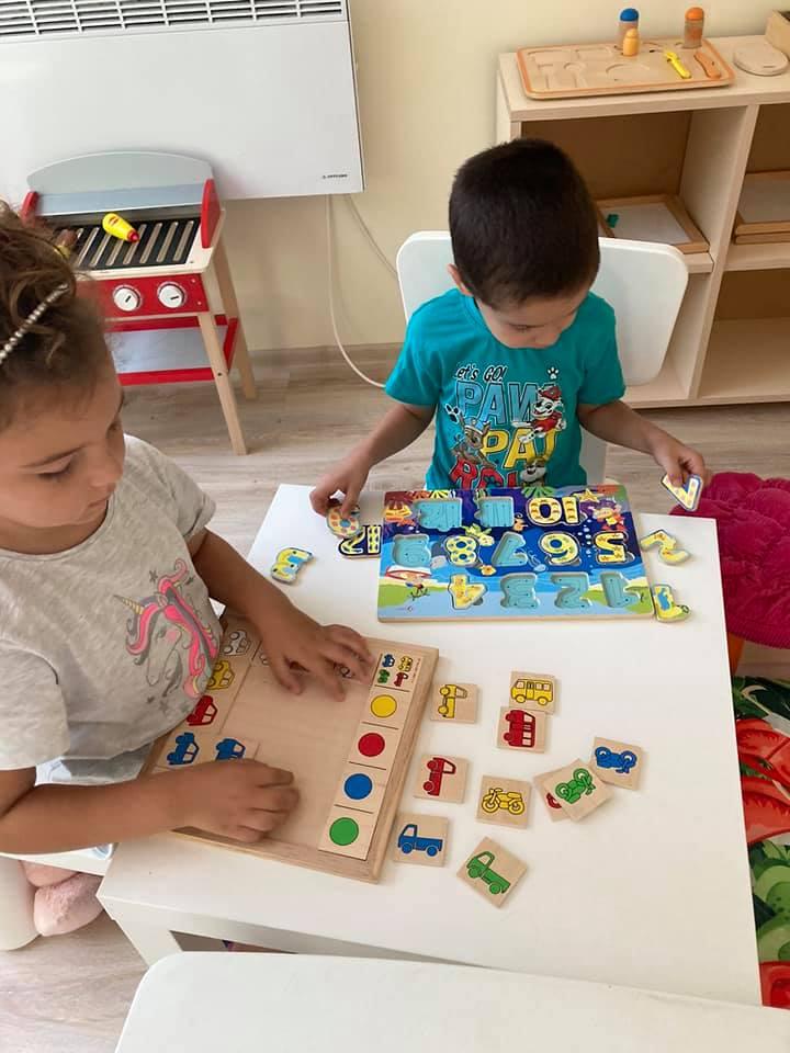 Монтесори занимания в Детска градина Монтесори Планета България - Плевен!